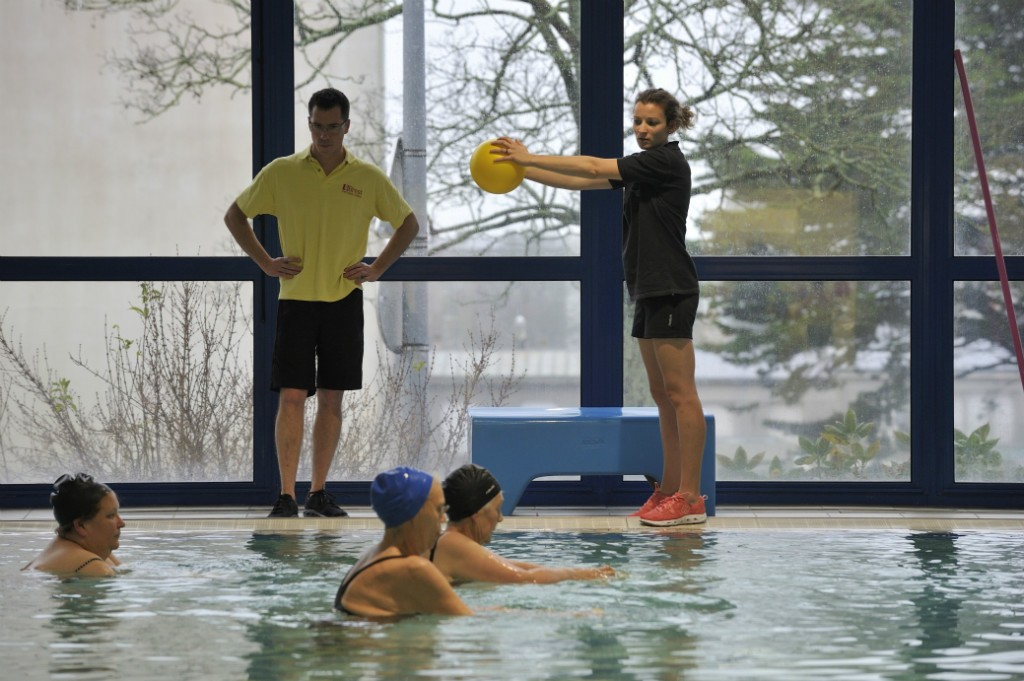 Brest le sport contre le cancer article l 39 hebdo du for Piscine recouvrance